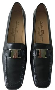 Salvatore Ferragamo Black and silver Pumps
