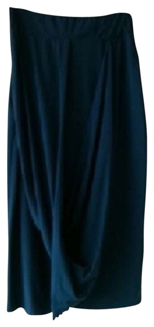 Preload https://img-static.tradesy.com/item/337732/navy-blue-midi-skirt-size-0-xs-25-0-1-650-650.jpg