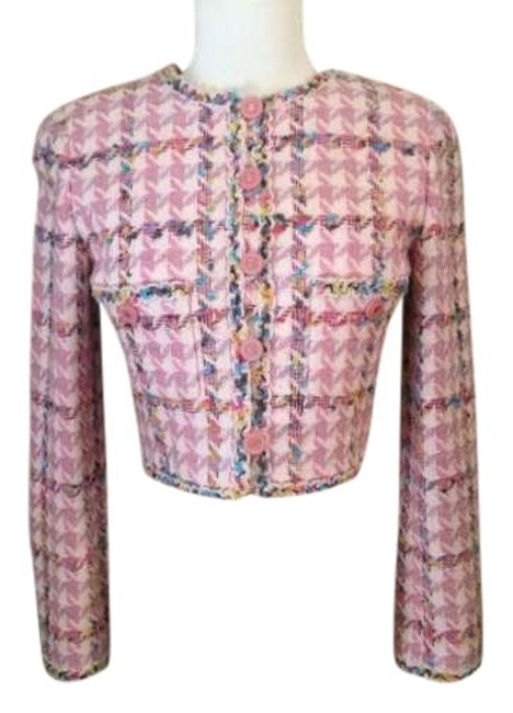 Preload https://item5.tradesy.com/images/chanel-pink-tweed-boucle-cropped-size-2-xs-337794-0-0.jpg?width=400&height=650