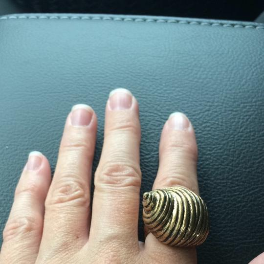 Lucky Brand Gold Conch shell ring
