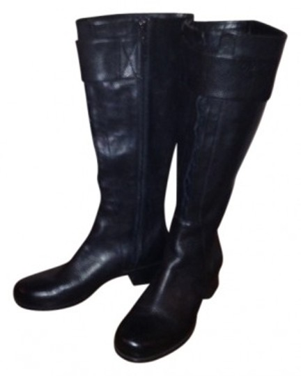 Preload https://item5.tradesy.com/images/calvin-klein-black-tall-leather-side-zipper-bootsbooties-size-us-85-regular-m-b-33794-0-0.jpg?width=440&height=440