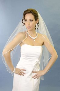 Ansonia Bridal New White Veil From Alfred Angelo