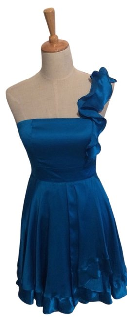 Preload https://item1.tradesy.com/images/bebe-blue-small-silk-above-knee-night-out-dress-size-6-s-3381490-0-0.jpg?width=400&height=650