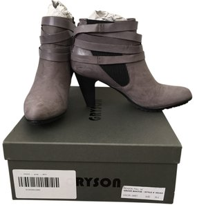 Joy Gryson Grey Boots