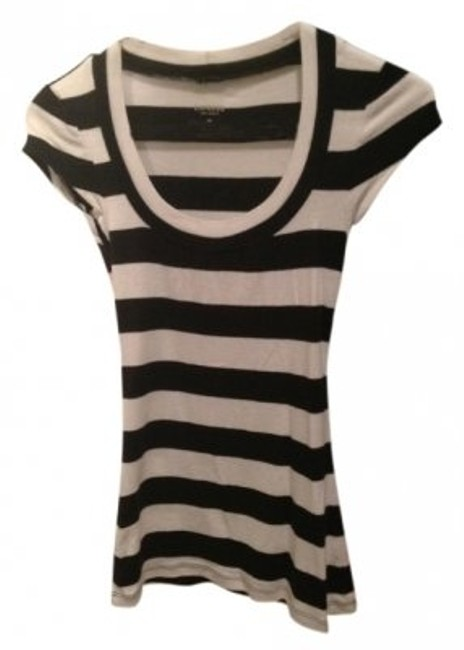 Preload https://item5.tradesy.com/images/express-black-and-white-tee-shirt-size-2-xs-33829-0-0.jpg?width=400&height=650