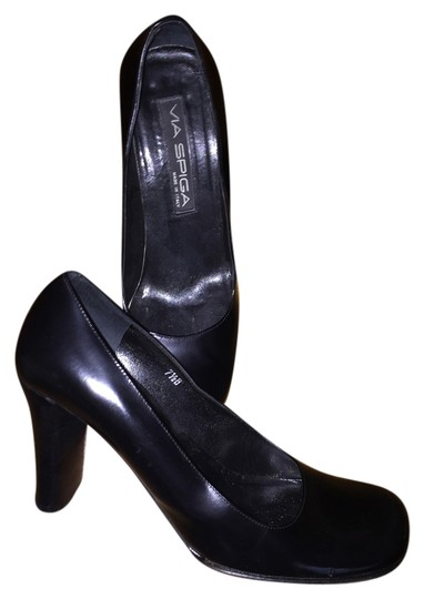 Via Spiga Leather Black Pumps