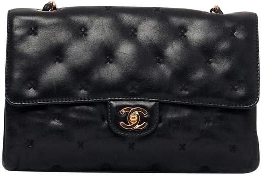 Preload https://img-static.tradesy.com/item/3383995/chanel-255-reissue-classic-flap-cross-stitch-x-quilted-small-medium-timeless-tote-black-lambskin-lea-0-2-540-540.jpg