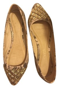 ALDO Neutral/gold Flats
