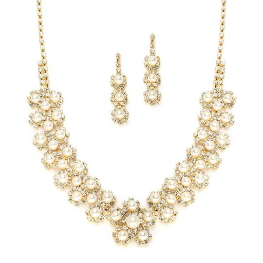 Rhinestone & Pearls Necklace & Earrings Jewerly Set