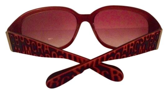 Preload https://item5.tradesy.com/images/marc-jacobs-brown-sunglasses-3384844-0-0.jpg?width=440&height=440