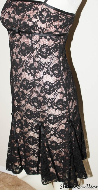 Laundry by Shelli Segal Lace Spaghetti Strap Bow Details & Occasion Dress