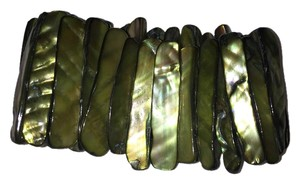 Other Forest Green Oyster Bead Bracelet
