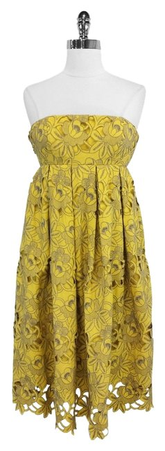 Preload https://img-static.tradesy.com/item/3391258/tibi-yellow-and-gray-floral-eyelet-cotton-strapless-mid-length-short-casual-dress-size-4-s-0-0-650-650.jpg