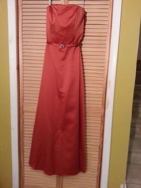 Item - Burnt Orange Satin 6123 Formal Bridesmaid/Mob Dress Size 10 (M)