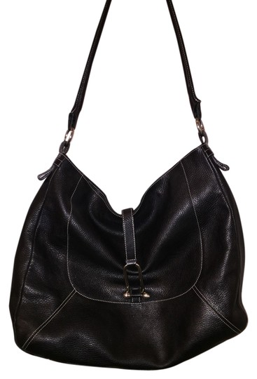 Preload https://item1.tradesy.com/images/furla-black-leather-shoulder-bag-3391810-0-0.jpg?width=440&height=440