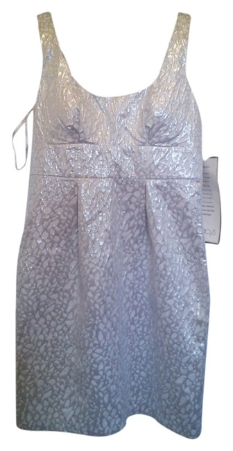 Item - White/Silver Mid-length Cocktail Dress Size 14 (L)