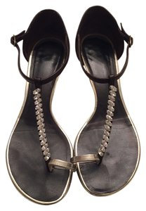 Giuseppe Zanotti Toe Ring Crystal Brown Sandals