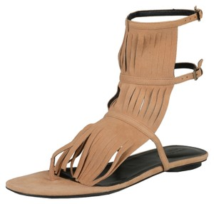 b76ea4949d2 Gucci Sandals - Up to 90% off at Tradesy