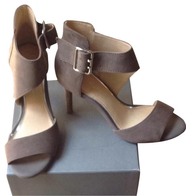 Jessica Simpson Taupe Sandals Size US 6.5 Regular (M, B) Jessica Simpson Taupe Sandals Size US 6.5 Regular (M, B) Image 1