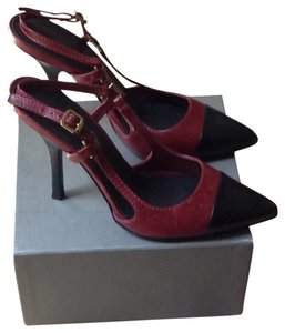 Tory Burch Cranberry/Black Pumps