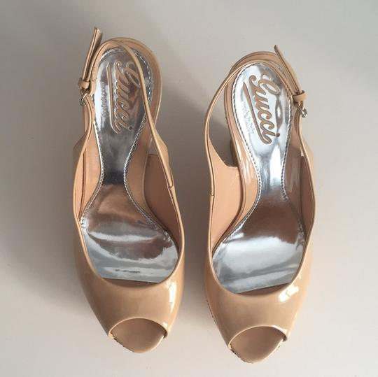 Gucci Slingback Patent Leather nude Wedges