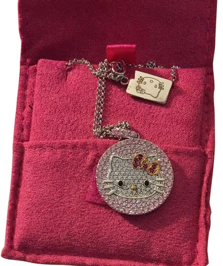 Preload https://img-static.tradesy.com/item/3395989/pink-hello-kitty-diamonique-pendant-necklace-0-0-540-540.jpg