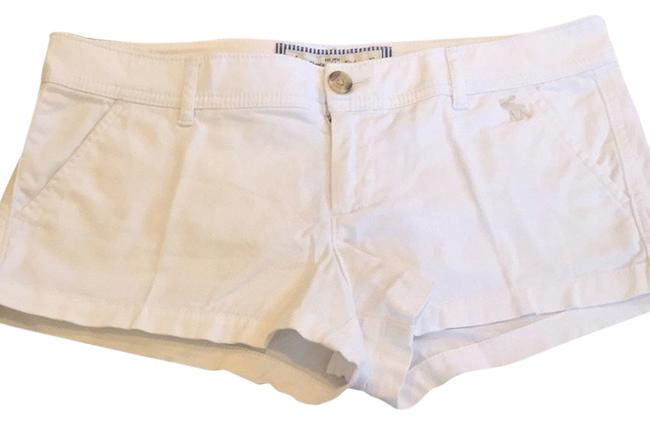Preload https://img-static.tradesy.com/item/3396019/abercrombie-and-fitch-white-shorts-size-4-s-27-0-0-650-650.jpg