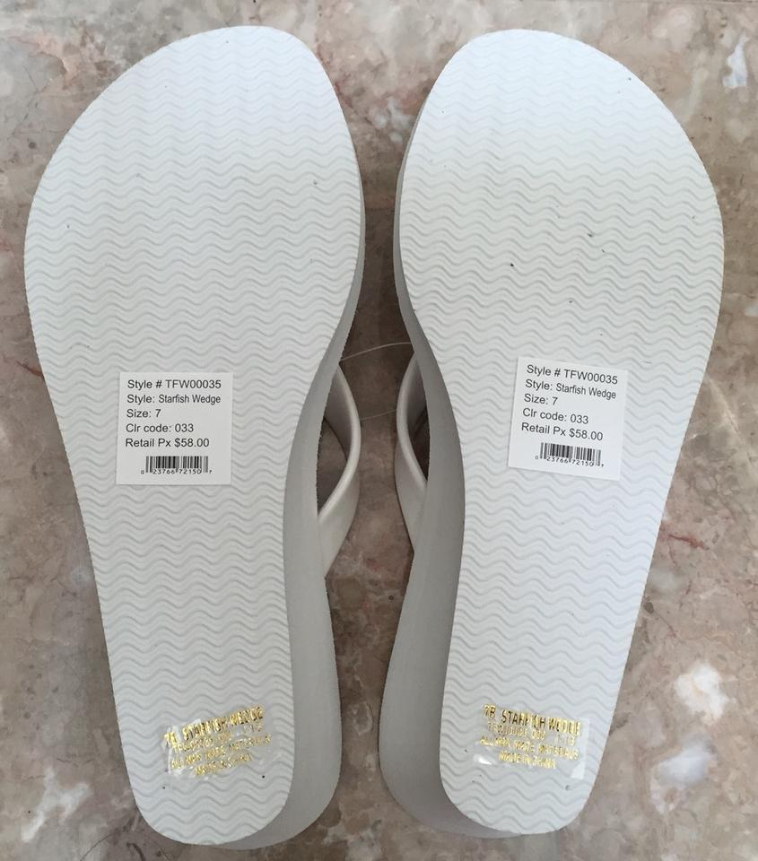 8c68626b114c88 Tommy Bahama White Starfish Wedge Flip Flop Sandals Size US 7 ...