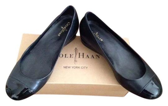Cole Haan Black two toned Pumps