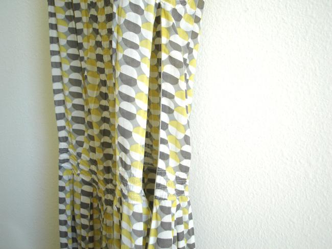 Max Studio short dress yellow grey print Printed Knee-length Spring Cap Sleeve Easy Full Skirt Silk Cotton on Tradesy