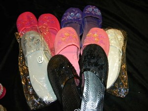 Pink Purple White Silver Black 70 Assorted Color/Size Chinese Slippers