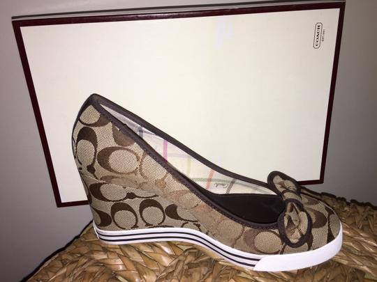 Coach Signature Coach Brown/Tan Wedges