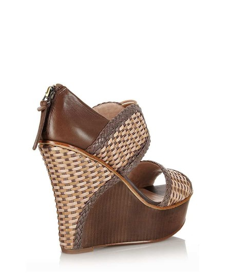 House of Harlow 1960 Mushroom Sandals