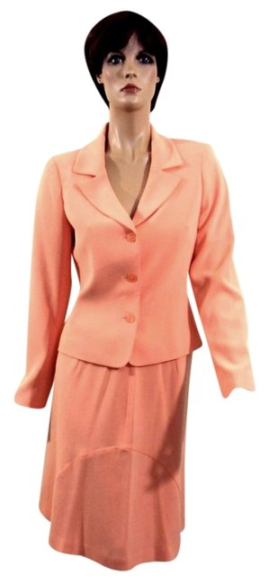 Preload https://item1.tradesy.com/images/casual-corner-melon-two-piece-separates-skirt-suit-size-6-s-3403465-0-0.jpg?width=400&height=650
