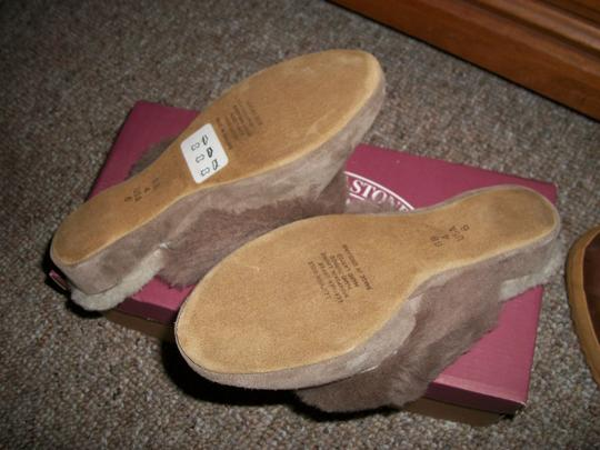 Draper of Glastonbury Taupe/ Brown Wedges