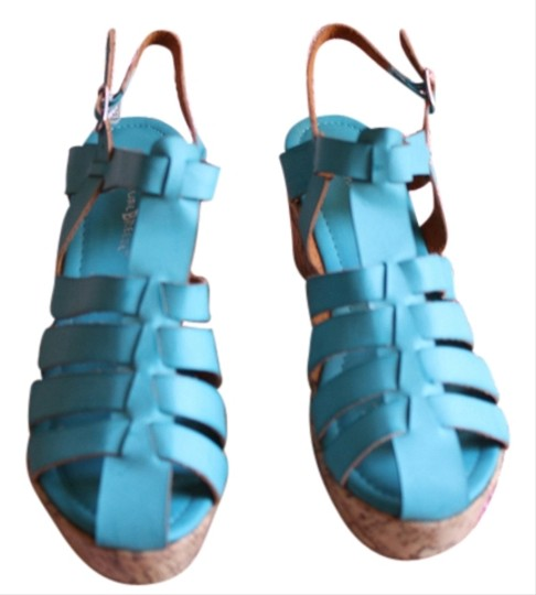Preload https://img-static.tradesy.com/item/3406633/turquoise-beige-new-sandals-size-us-8-wide-c-d-0-0-540-540.jpg