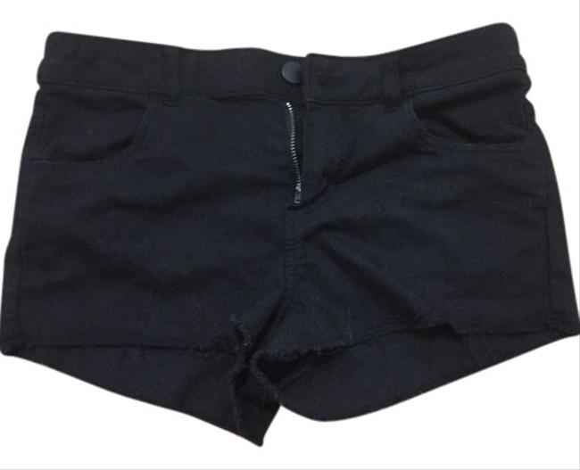 Preload https://item5.tradesy.com/images/h-and-m-small-size-6-summer-shorts-3407929-0-0.jpg?width=400&height=650