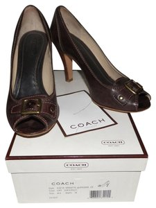 Coach Brigitte Burnished Calf Peep Toe Peep-toe Heels Chestnut 8.5 Italian Brass Buckles Grommet Brown Pumps
