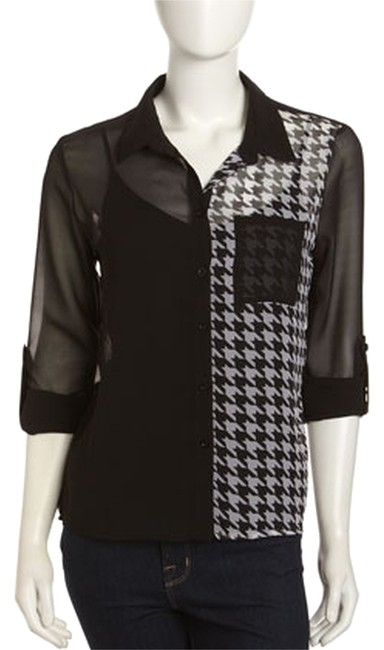 Romeo & Juliet Couture Houndstooth-print Semi-sheer Chiffon Flowy Fit Hi-lo Hem 3/4 Tab Sleeve Top Black & White Image 0