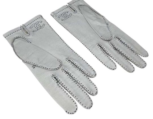 Chanel Authentic CHANEL Silver Leather CC Logo Gloves