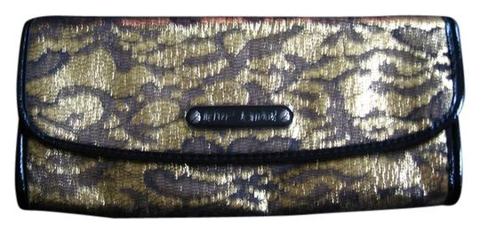Betsey Johnson Interior Features Leopard Print Lining And Zip Pocket Black/Gold Clutch