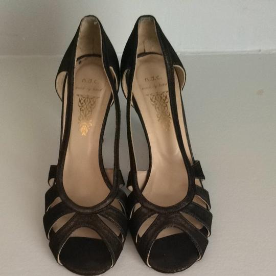 N.d,c Bronze Pumps