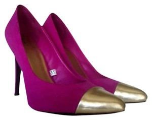 Mossimo Supply Co. Target Captoe Gold Heels Fuchsia Pumps