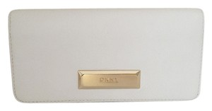 DKNY DKNY saffiano leather wallet white