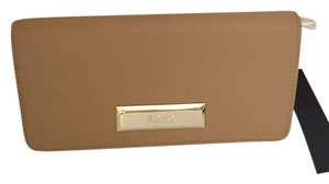 DKNY DKNY saffiano leather bi fold wallet sand/tan