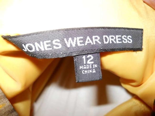 Jones Wear short dress on Tradesy