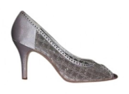 Preload https://item2.tradesy.com/images/nina-shoes-silver-fifi-trells-formal-shoes-size-us-75-regular-m-b-34136-0-0.jpg?width=440&height=440