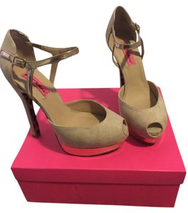 Betsey Johnson Nude Pumps