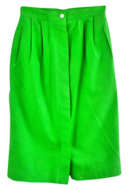 Preload https://img-static.tradesy.com/item/3414841/chaus-grass-green-knee-length-skirt-size-6-s-28-0-0-650-650.jpg