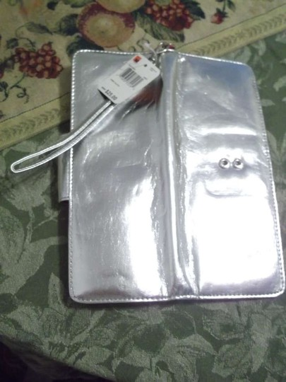 Other Candy Clutch By: Mundi Small Wallet Small Wallet Clutch Wristlet in Metallic Silver
